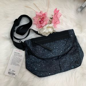 Lululemon Festival Bag II Crossbody